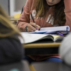 Inspectores da Educação dizem que faltam meios para travar inflação de notas